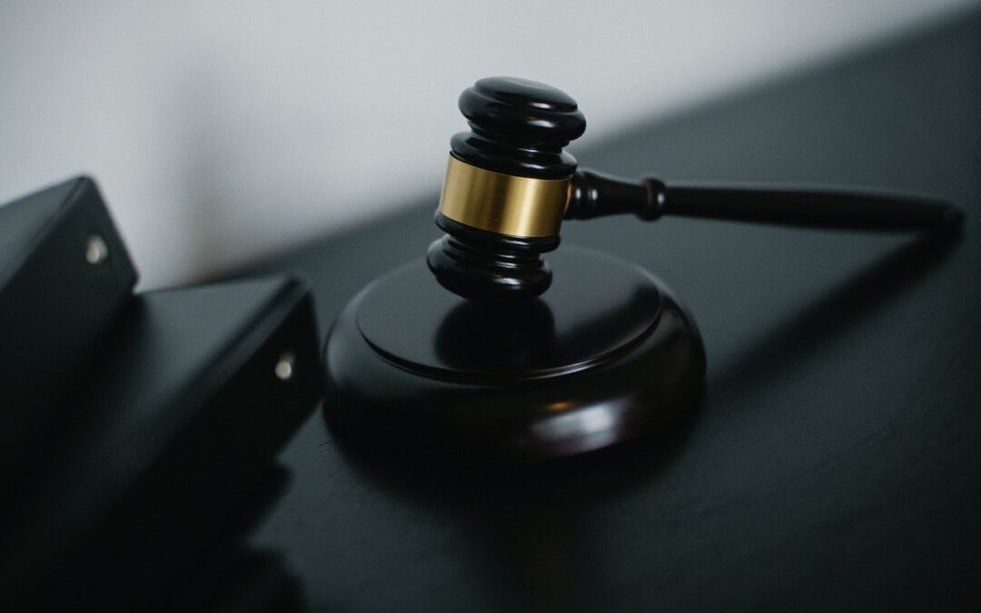 Top 7 reasons to hire a civil litigation lawyer